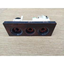 Блок управления отопителем (печкой) AUDI 80 (B3) 86-91