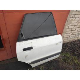 Дверь задняя правая AUDI 80 (B3) 86-91