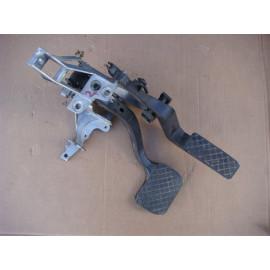 Кронштейн крепления педалей AUDI A4 (B5) 1994-2000