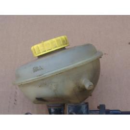 Бачок главного тормозного цилиндра AUDI 100 (45) 1991-1994