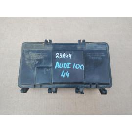 Блок предохранителей AUDI 100 (44) 1983-1991