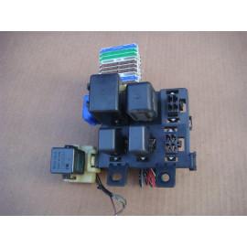 Блок реле MITSUBISHI PAJERO/MONTERO (V1,V2,V3,V4) 1990-1997